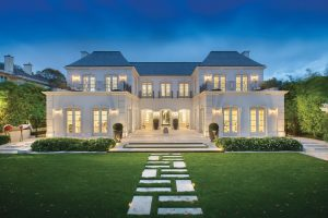 talktopaul-blog-celebrity-real-estate-pro-athlete-relocation-luxury-real-estate-top-10-most-expensive-homes-in-glendale